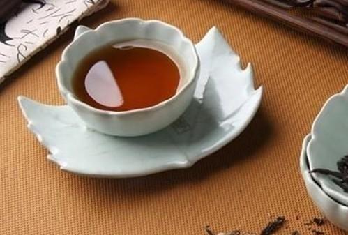 泡普洱茶图片